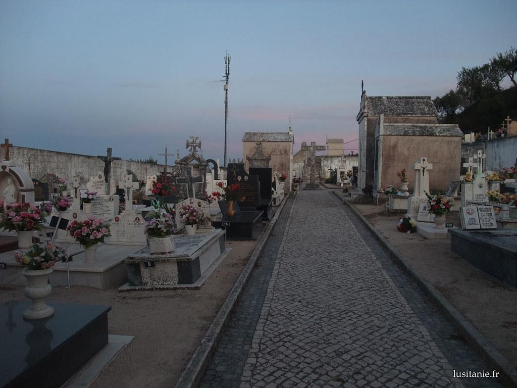 cidade velha ourem cemiterio 2