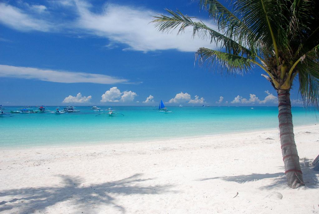 White Beach White Beach Is The Most Idyllic Stretch Of