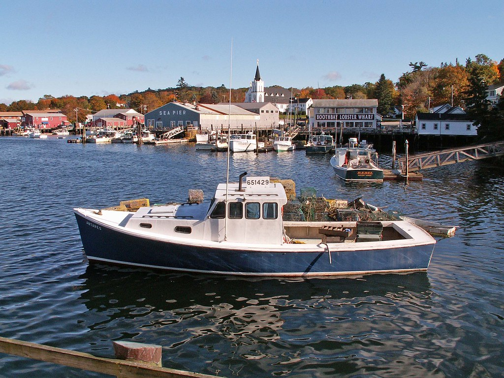 Boothbay harbor maine lobster fishing boat everywhere for Lobster fishing in maine