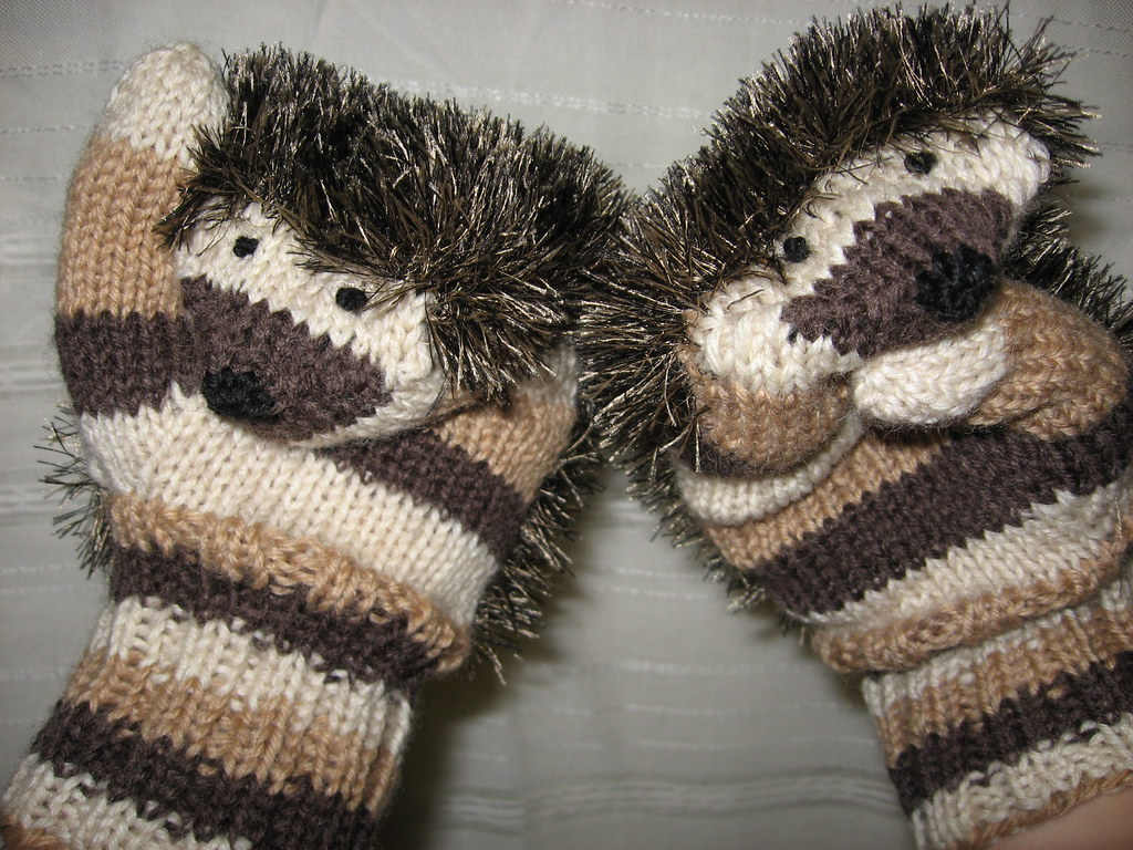 Hedgehog Mittens | Pattern: Siililapaset by tinttitintti ...