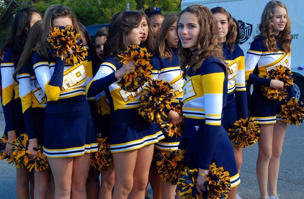 Middleschool Cheerleaders Images - Usseek.com