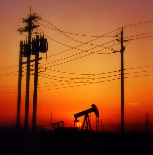 The sun is going down on oil!! | by swisscan