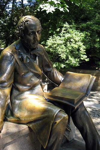 NYC - Central Park: Hans-Christian Anderson statue | by wallyg