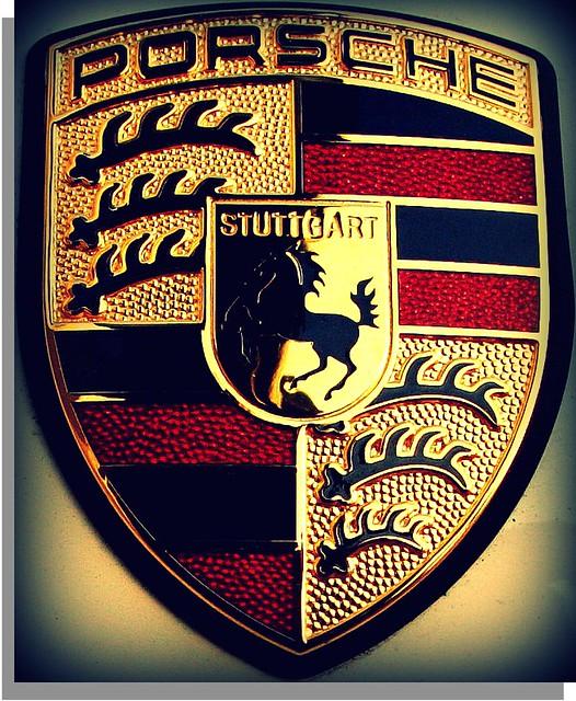 Porsche Logo Taken Edit Be Me Yousif Al Mulla Flickr