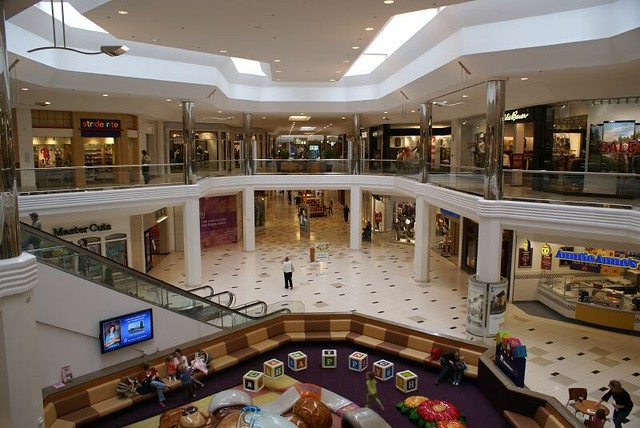 21 Visual Associate - Twelve Oaks Mall jobs available. See salaries, compare reviews, easily apply, and get hired. New Visual Associate - Twelve Oaks Mall careers are added daily on nirtsnom.tk The low-stress way to find your next Visual Associate - Twelve Oaks Mall job opportunity is on Simply Hired.