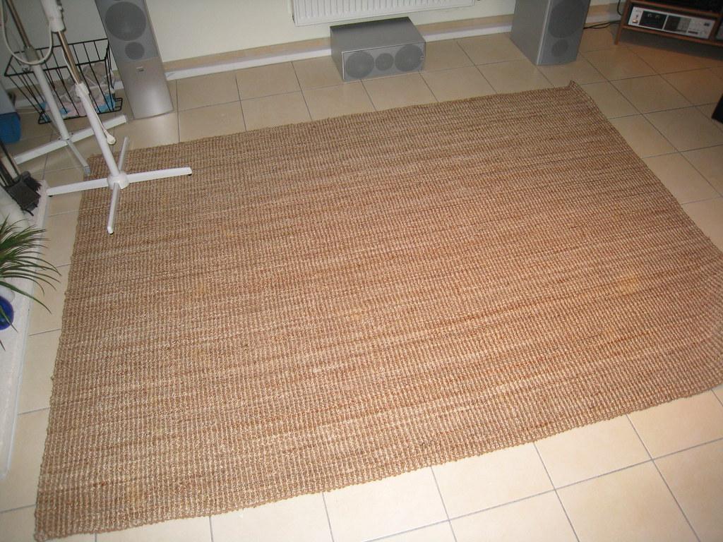 Img 2539 30 Euros Large Floor Rug Ikea Tarnby 180x