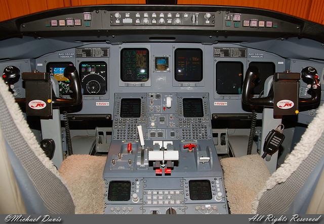 delta connection  pinnacle airlines  canadair crj