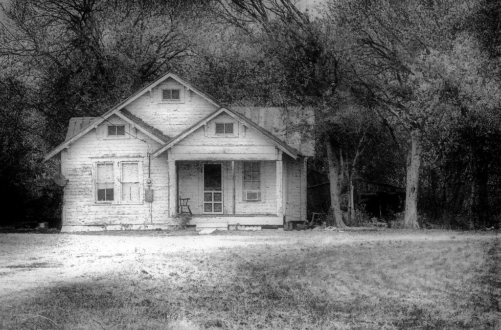 Old Farmhouse In B & W | Just out of curiosity, I thought ...