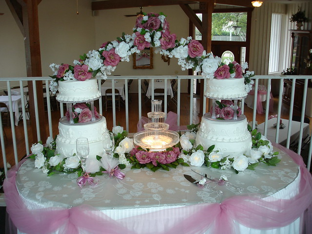 wedding cakes with fountains and bridges wedding cake with bridge and silk flowers 26025