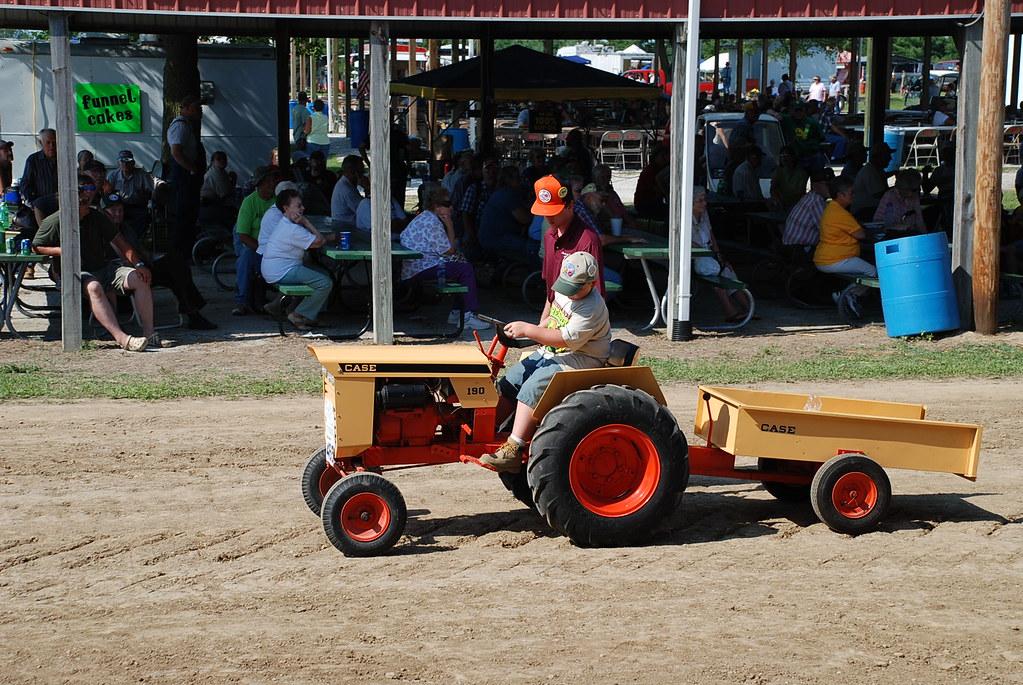 Garden Tractor Wagon : Case garden tractor and wagon