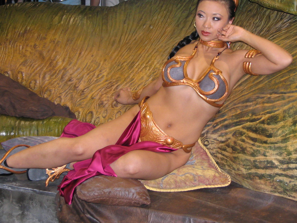 Slave Leia 23 | Comic-Con 2008 * See me twitter or on ...
