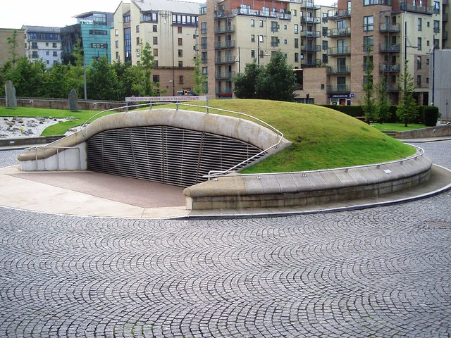Journey to the centre of the dynamic earth