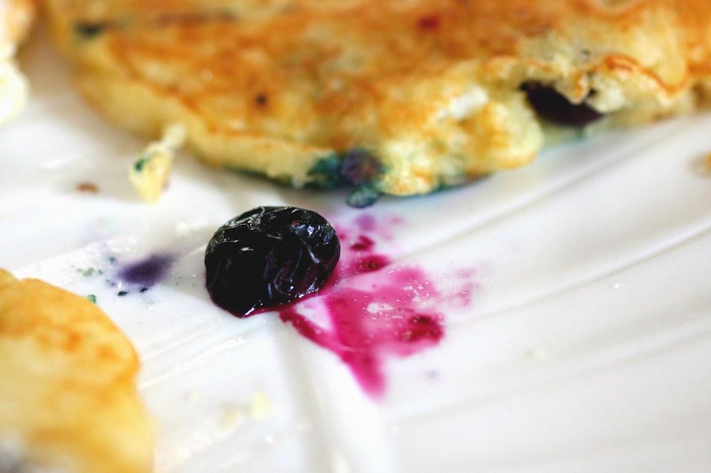 blueberry runaway   Blueberry Pancakes + Pancakes 101 on ...