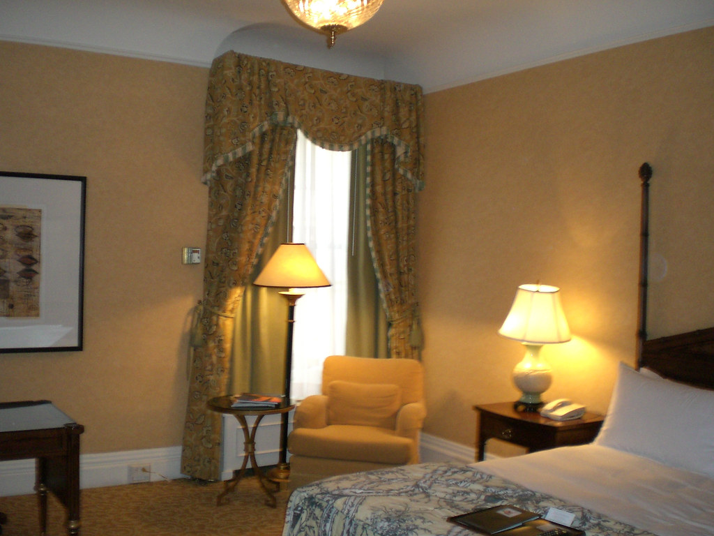 San Fransisco Hotel Room