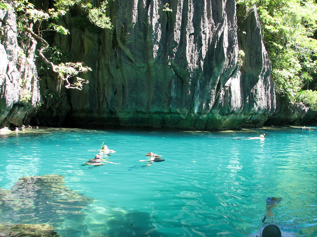 The Small Lagoon El Nido Palawan Beautiful Palawan Is W Flickr