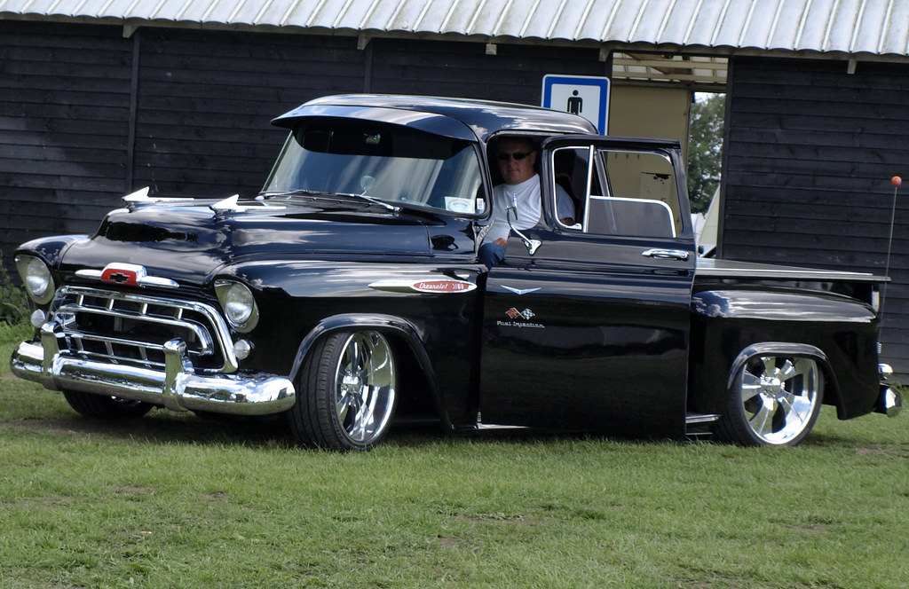 Black-Custom-Chevy-PU-VR2008-001 | This amazing custom Chevy… | Flickr