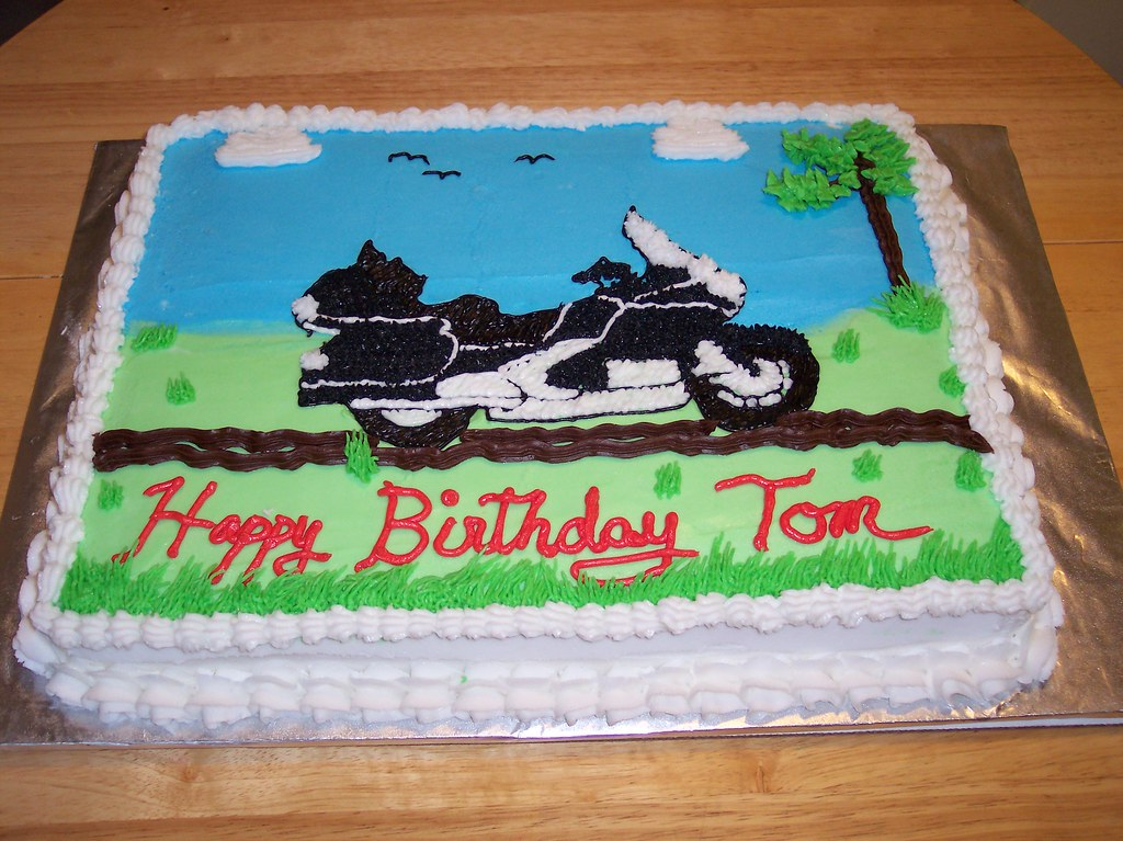 Motorcycle Matches Tom's Honda Gold Wing