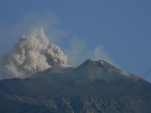 New day, old ash (Etna, 23 June 2011) | by etnaboris