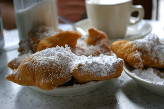 Coffee and Beignets at Cafe Du Monde | by fredcamino