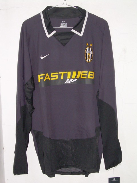 the latest 9ea70 22a7e Juventus 3rd-Kit 0304 Player Issue | IDR699000 sz L Code 7 ...