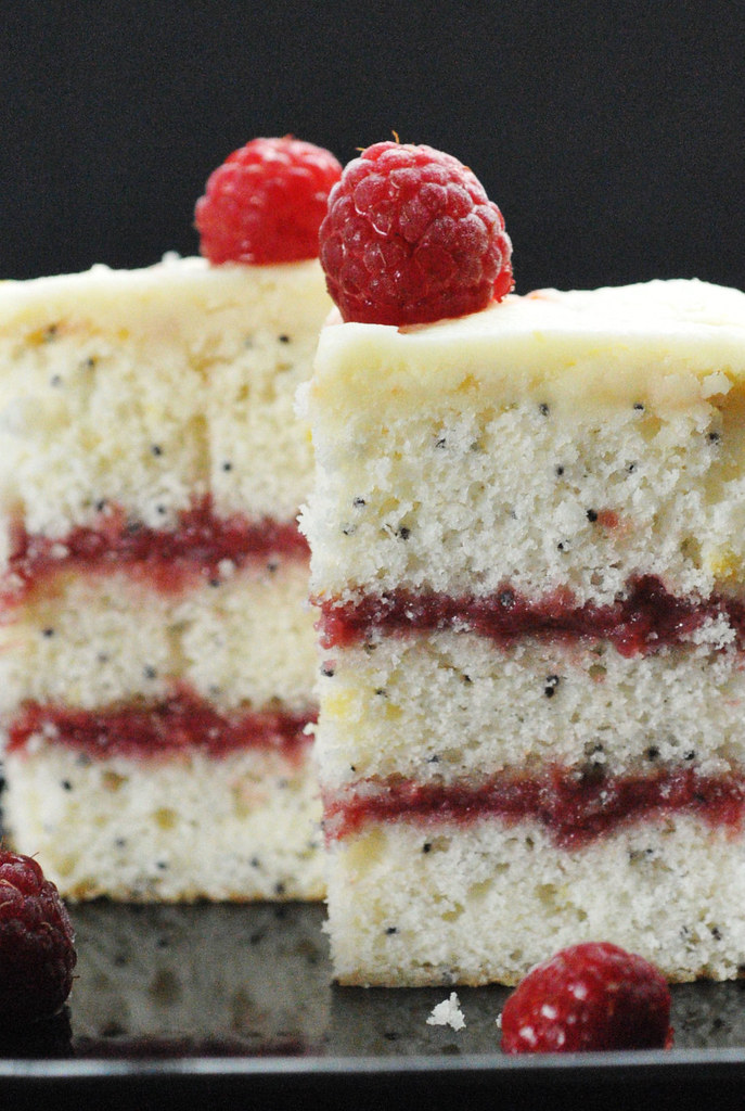 Lemon Poppy Seed Layer Cake With Lemon Curd