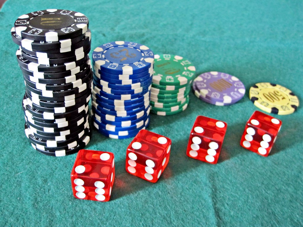 how much is a green casino chip worth