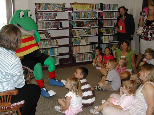 Froggy Visits the Huntley Area Public Library | by huntleyareapl