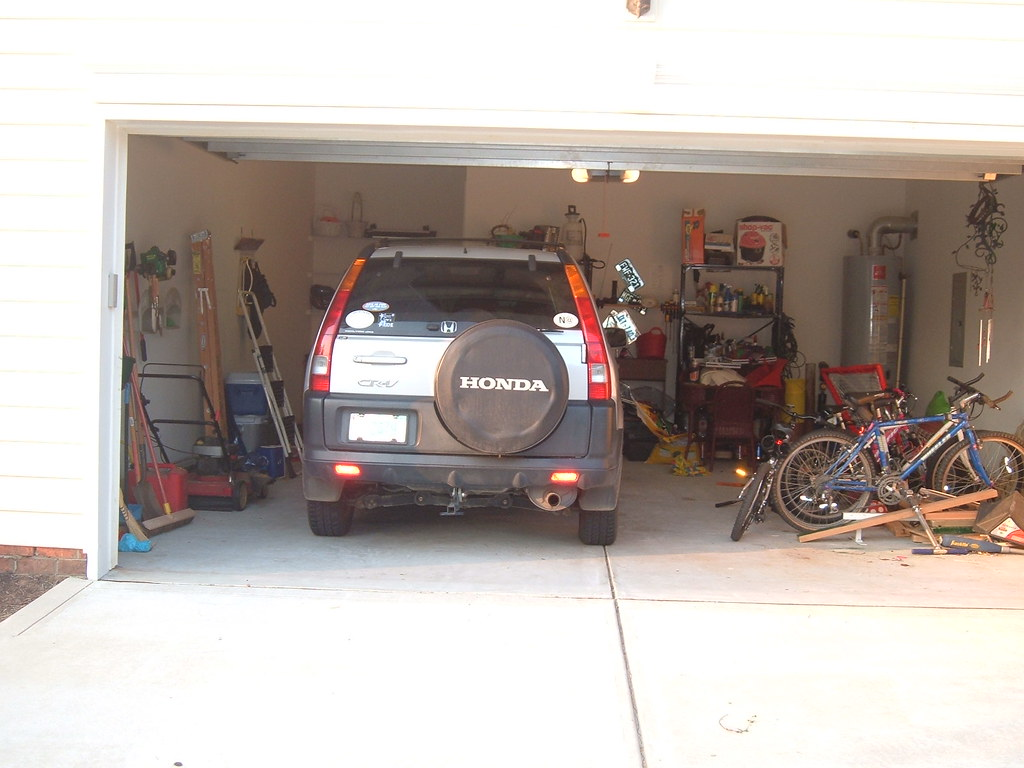 Looking into my garage as you can see from this photo for Garage nord auto