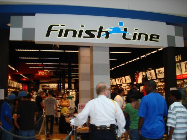 Www Finish Line Shoe Store