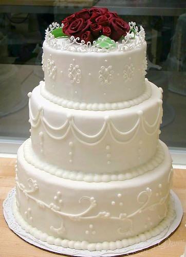fondant cover wedding cakes
