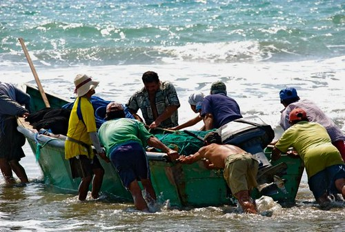 ecuador-coastal-tour-fishermen | by GaryAScott