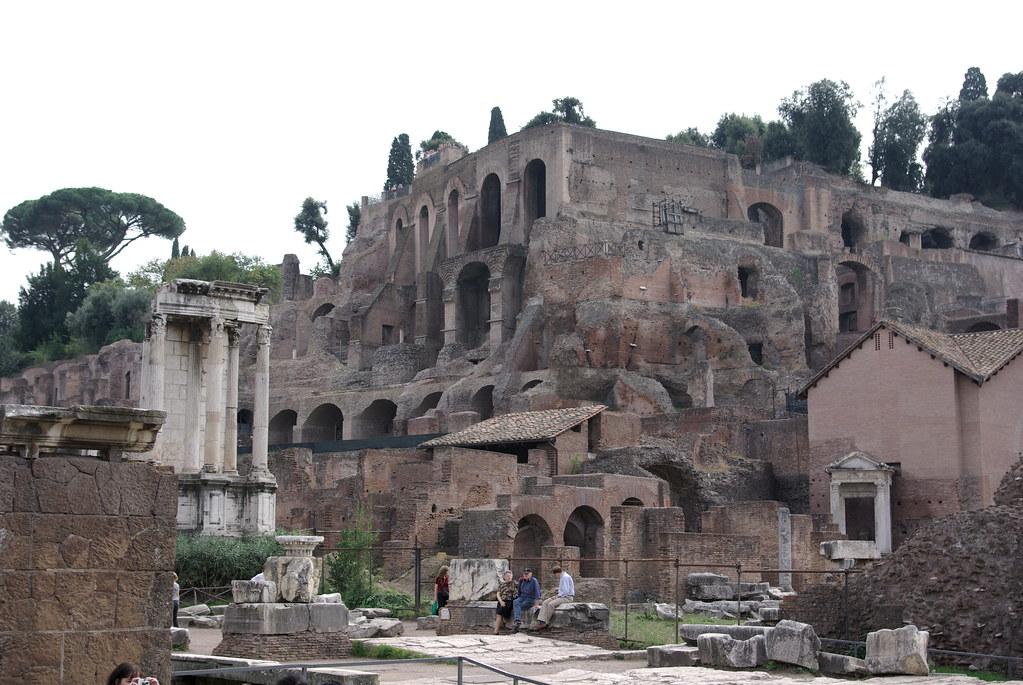 Caligula S Palace Caligula S Palace Was Massive Running