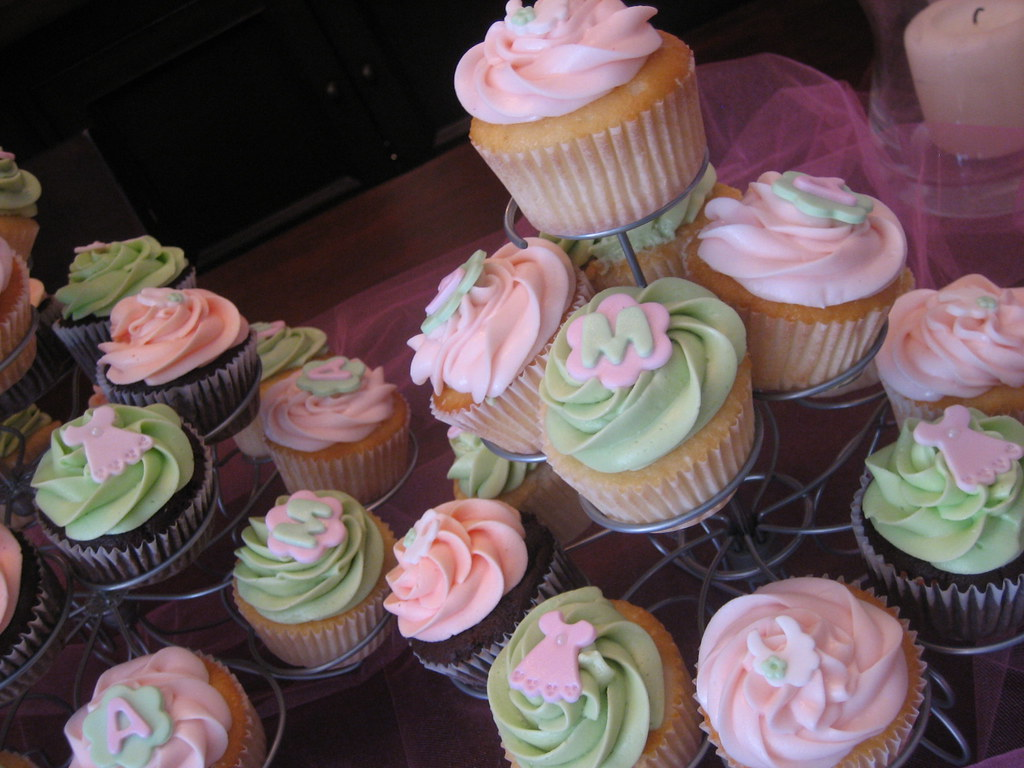 Baby Shower Cupcakes For A Joint Baby Shower Baby Shower