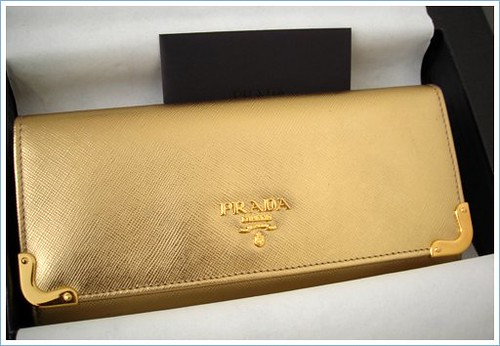 handbag prada sale - 2441802123_97dcb42392.jpg