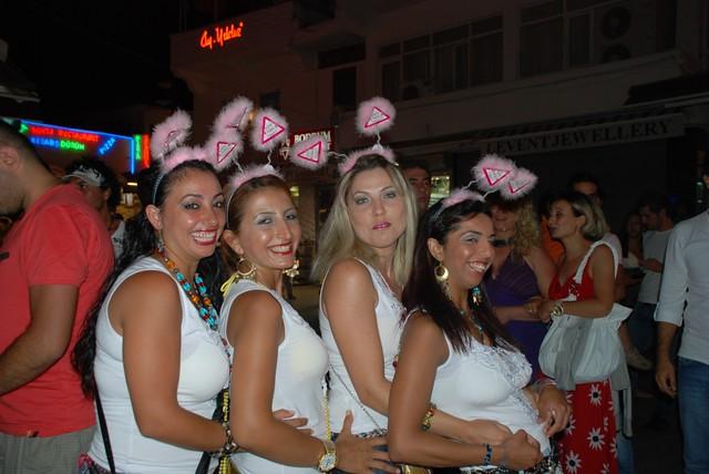 Girls At Night Bodrum  Fazidinc  Flickr-2975