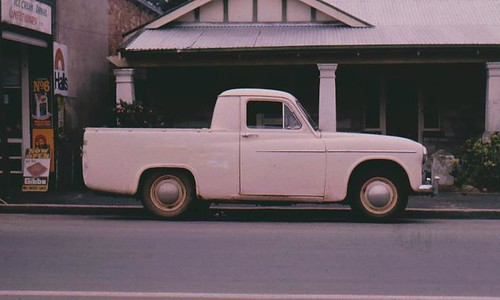 Commer or Hillman utility | by Hugo90