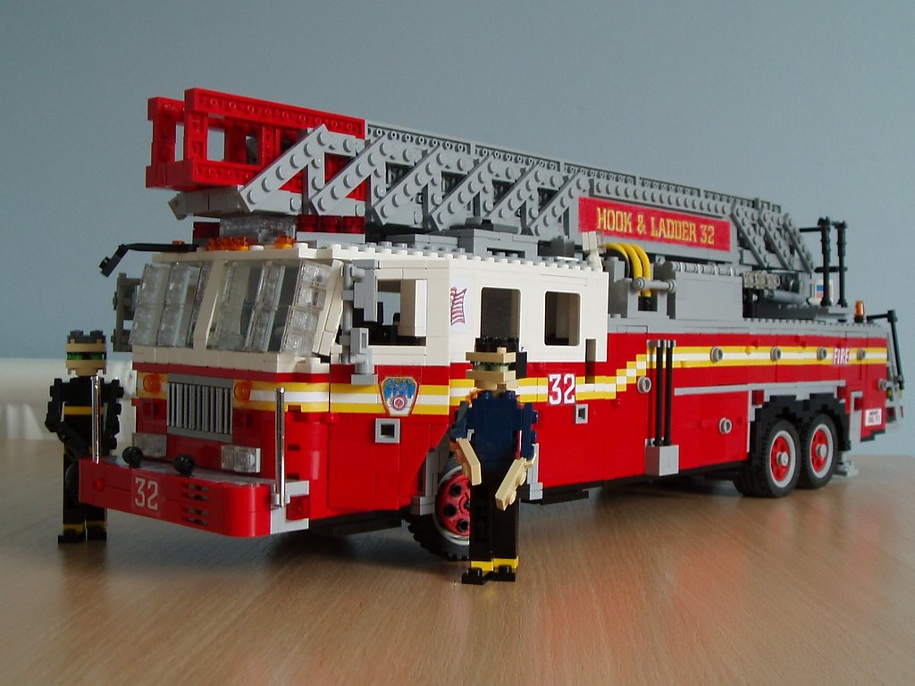Fdny Firetruck This Model Represents A Seagrave Ladder