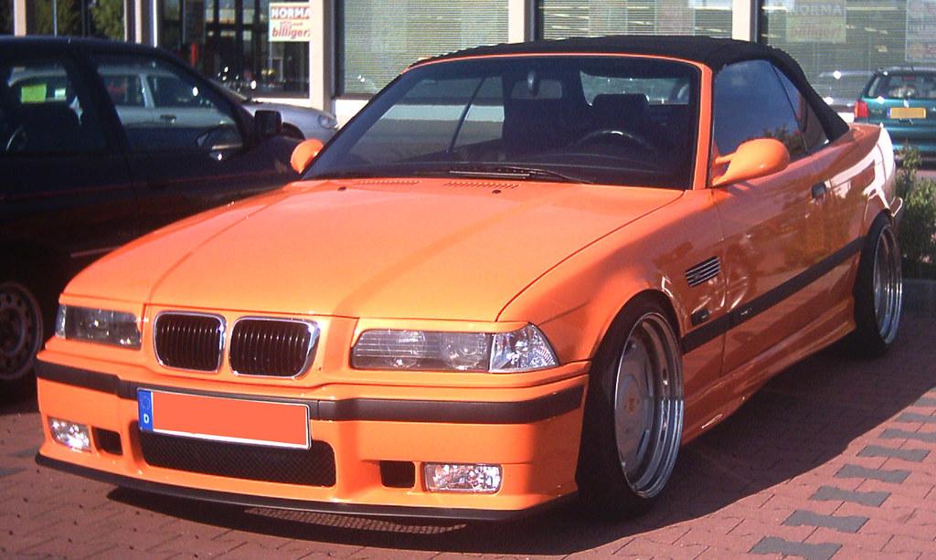 2004 04 26 aachen bmw cabrio 2 orangener bmw 3er cabrio. Black Bedroom Furniture Sets. Home Design Ideas