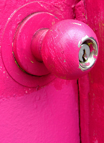 pink door | by _poseidon_