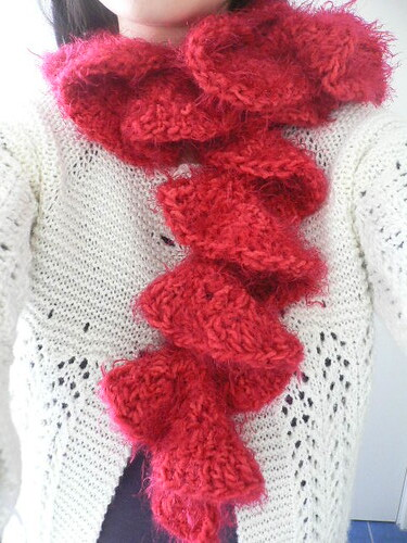 Ruffle scarf Pattern by Caron International (free pattern,? Flickr