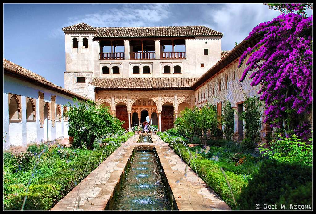 Granada generalife patio de la acequia sobre las - Residencia los jardines granada ...
