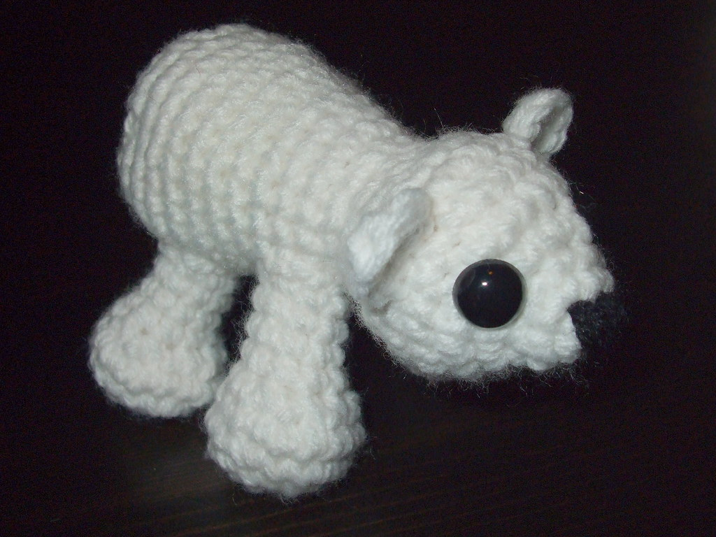 Amigurumi Pattern Crochet - Pele, the Polar Bear - | 768x1024
