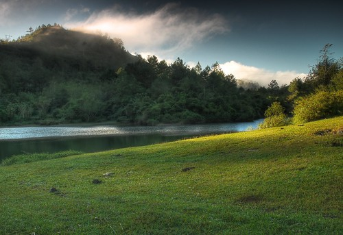 Sagada pond HDR version, Lake Danum | by jojo nicdao