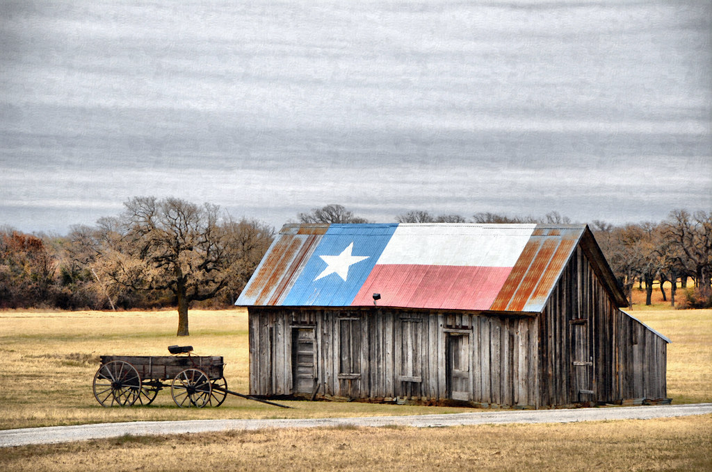 Dsc 9202 Texas Flag Red White Blue Lone Star Wooden Barn W