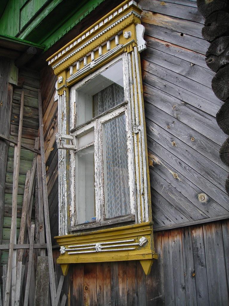 Finestra posteriore della dacia finestra posteriore for Finestra nella dacia