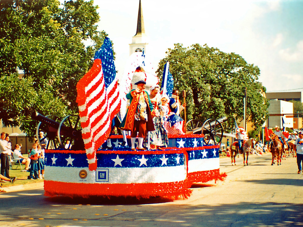 Uaw float july parade arlington a patriotic themed