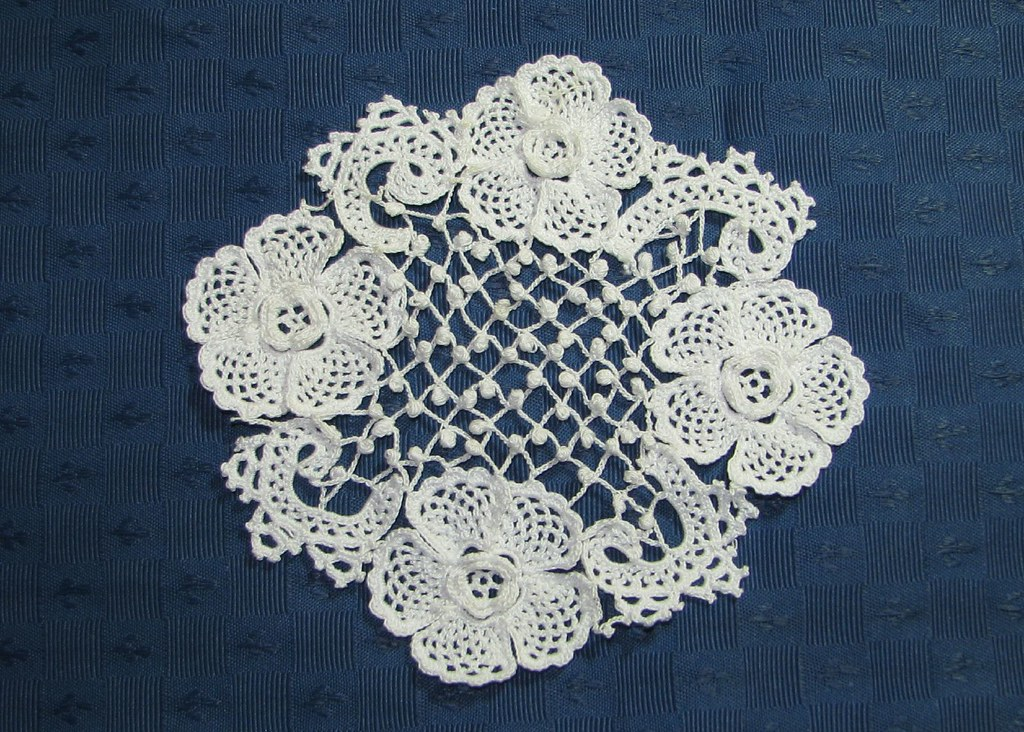 Irish Crochet - Clones doily My work, from a pattern in ...
