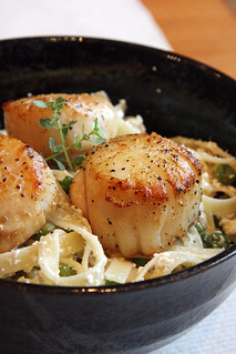 Lemon-Ricotta Pasta with Peas and Seared Scallops | by Isabelle @ Crumb