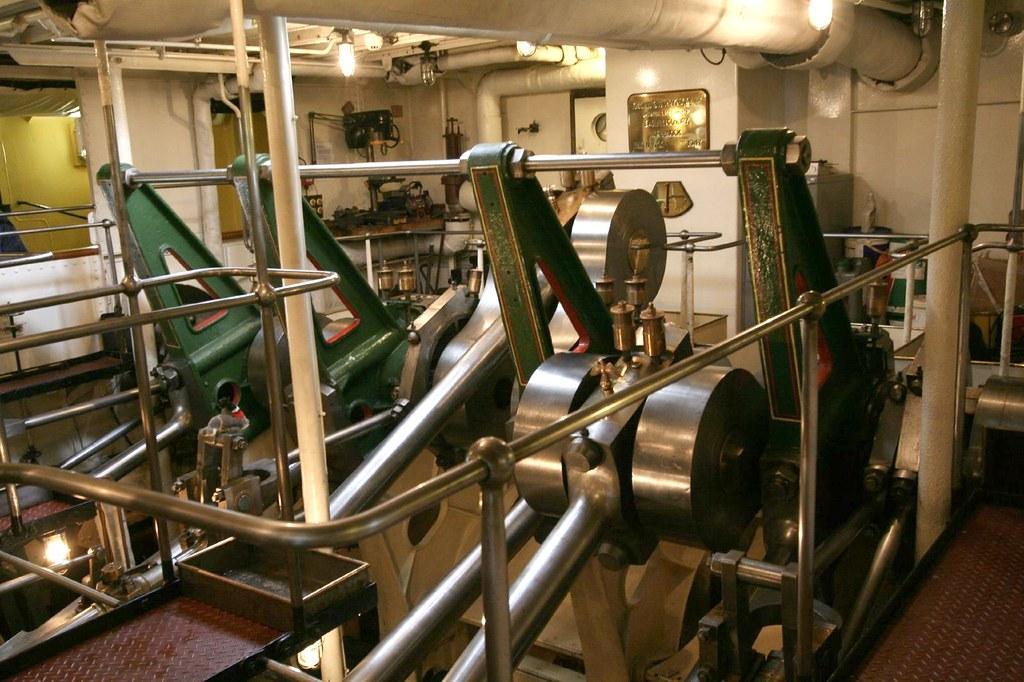 2008 10 04 172 Paddle Steamer Waverley Engine Room Trip