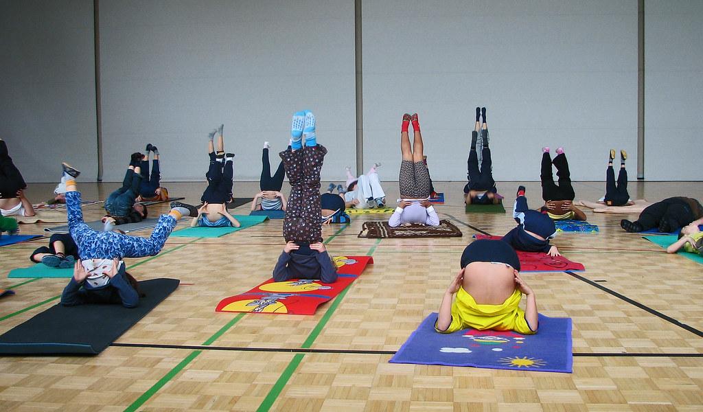 Modular Classroom Yoga : Kids yoga class ilona flickr